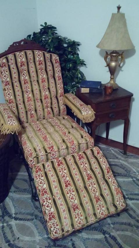 Cevedra's chair